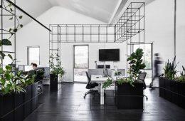 Sự kết hợp đen - trắng trong thiết kế nội thất văn phòng